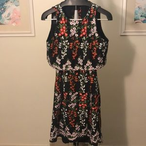 Gianni Bini Floral Embroidered Backless Cape Dress